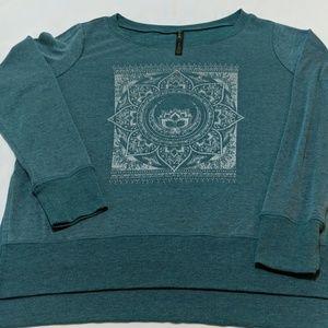 Gaiam Yoga Sweatshirt in GUC!